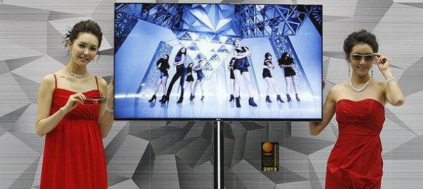 LG'den Kavisli Akıllı TV!