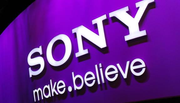 Sony, Nintendo'yu Tahtından Etti!