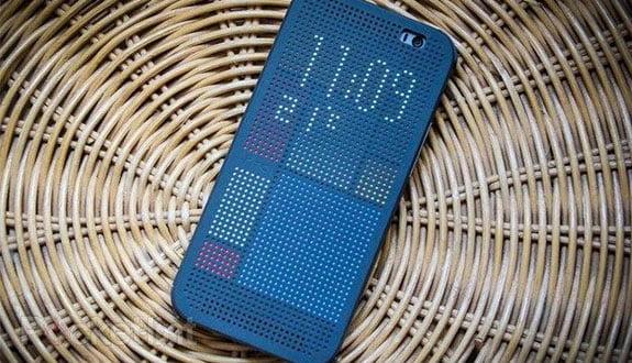 HTC One M8 Akıllı Kılıfla Daha Kullanışlı
