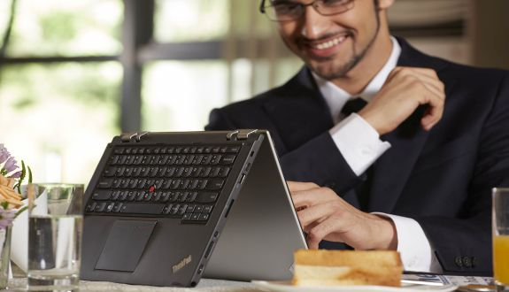 ThinkPad  Yoga Şekilden Şekile Giriyor