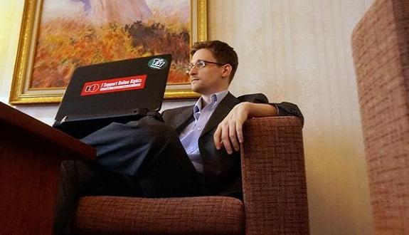 Edward Snowden, Putin Politikalarına Soğuk!