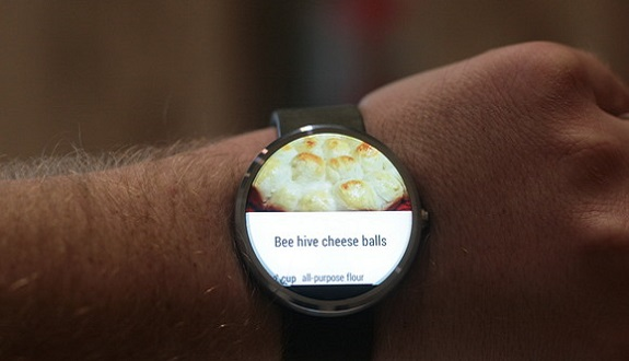 En Sofistike Akıllı Saat Boy Gösterdi: Motorola Moto 360