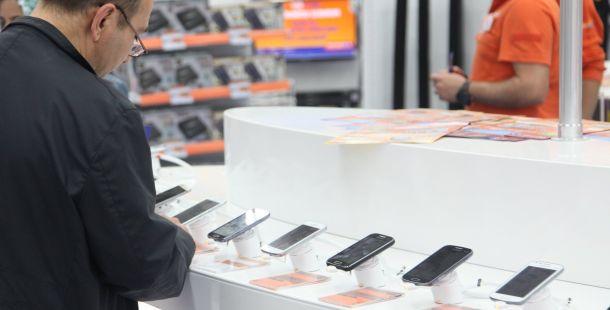 2015'e Girerken En Çok  Akıllı Telefon Satıldı
