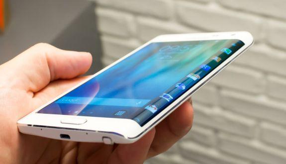 LG Electronics Galaxy S6 Edge'le Dalga Geçti