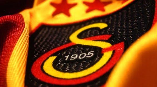 Galatasaray forma sponsorunu değiştirdi!