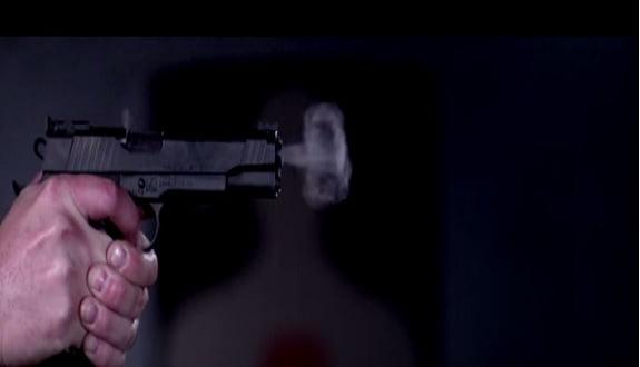 Bir silahı ağır çekimde izlediniz mi?