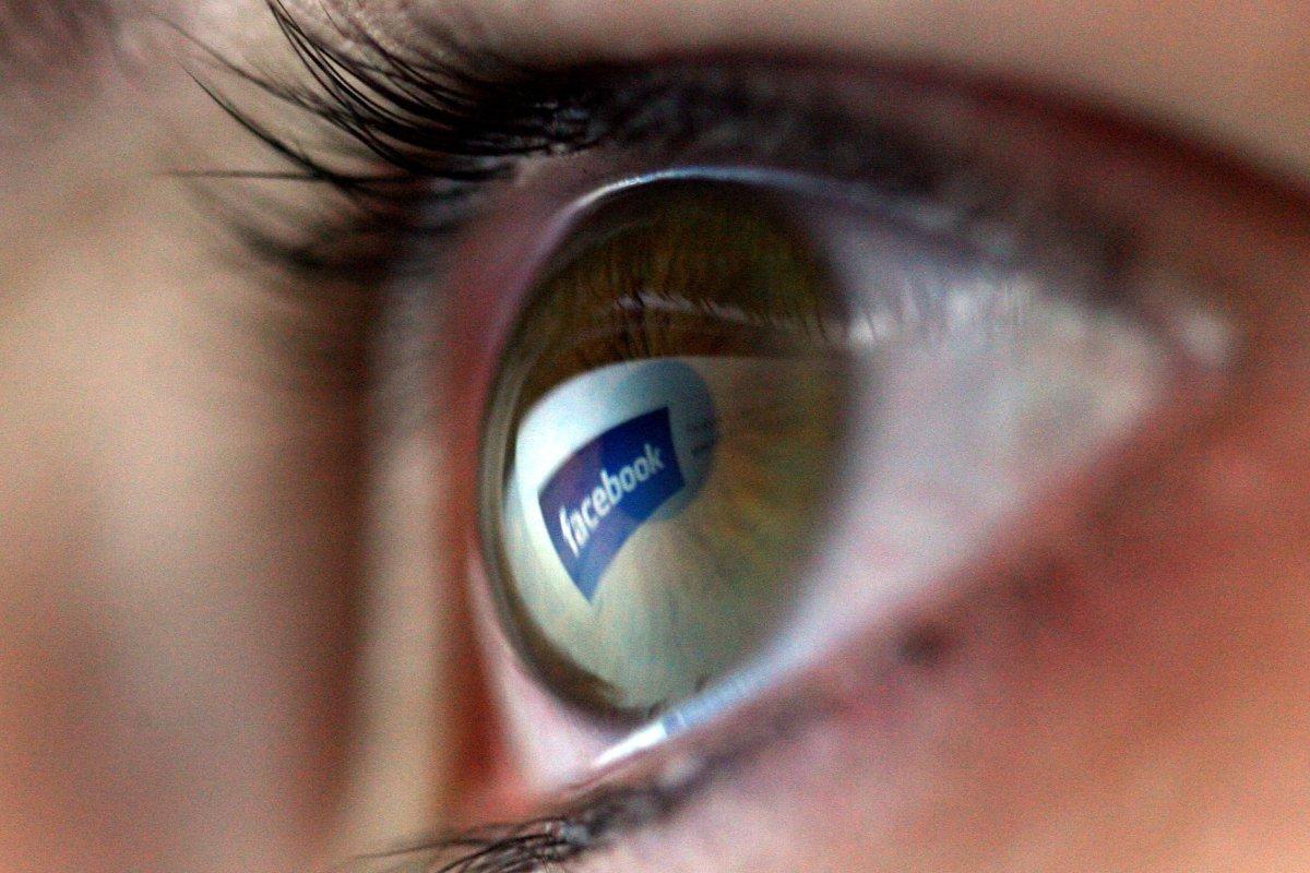 Devlet sizi izliyorsa Facebook uyarı verecek