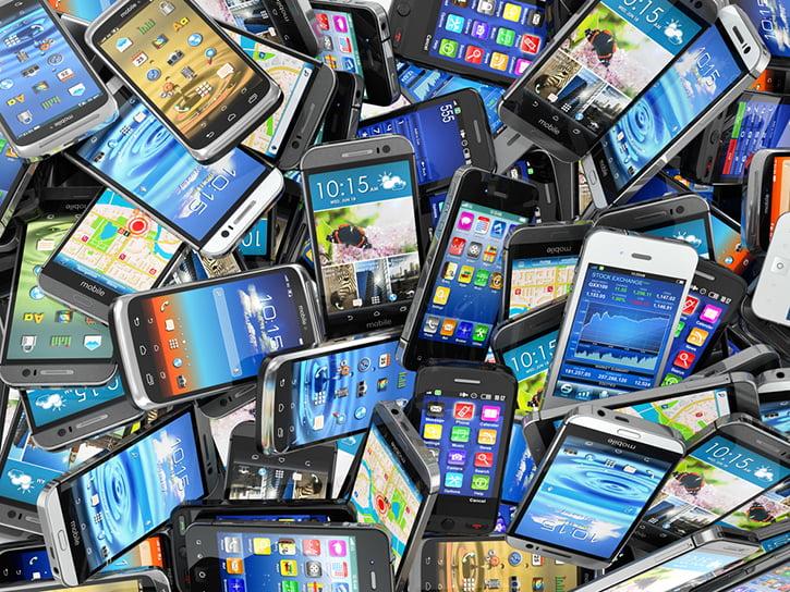 Akıllı telefon pazarında 2015 yılının detayları belli oldu!