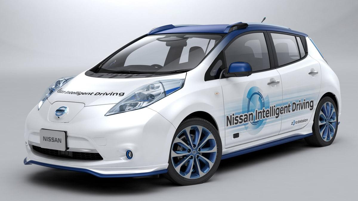 Nissan da sürücüsüz otomobil çıkarıyor
