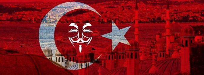 Anonymous'u Hacklediler!
