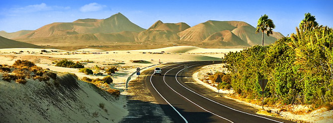 Google otomobilleri Arizona'da çöl testine başlıyor