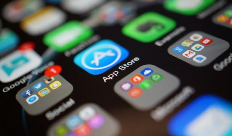 Apple , İran uygulamalarını kaldırıyor