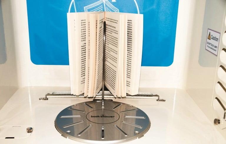 BookShower ile kitaplarınızı yıkayabilirsiniz