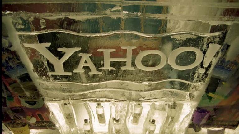 Yahoo Gidiyor Altaba Geliyor