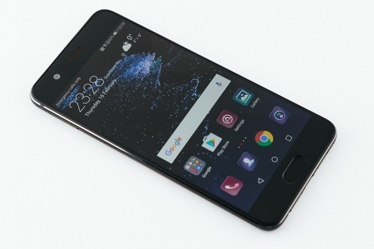 Huawei P10'dan ön satışta Huawei Watch 2 hediyesi