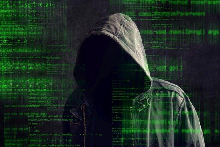 Skype'ı Çökerten Hackerlar Steam'in Peşinde
