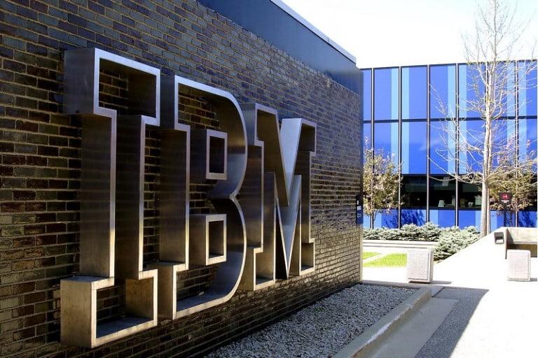 Türkiye'deki ilk dijital tasarım stüdyosu IBM'den