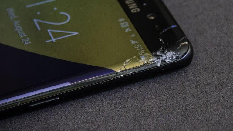 Galaxy S8 ekran değişim fiyatı ne kadar?