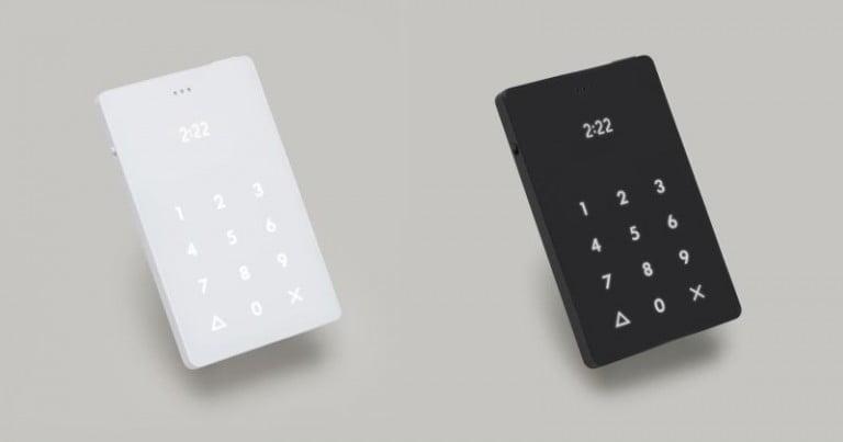 Kredi Kartı Büyüklüğünde Telefon: Light Phone