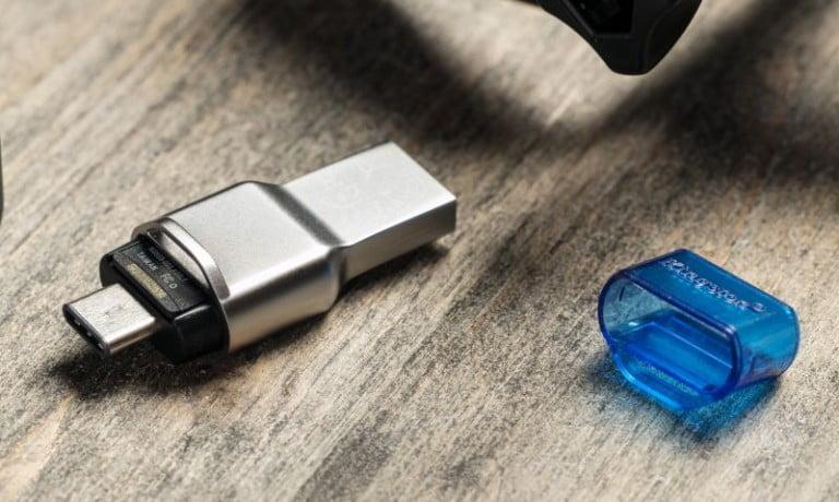 MobileLite Duo 3C :  Çok yönlü microSD kart okuyucusu