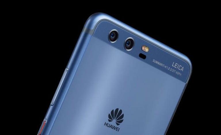 Huawei P10 ve Huawei Watch 2  EISA'dan Ödülle Döndü