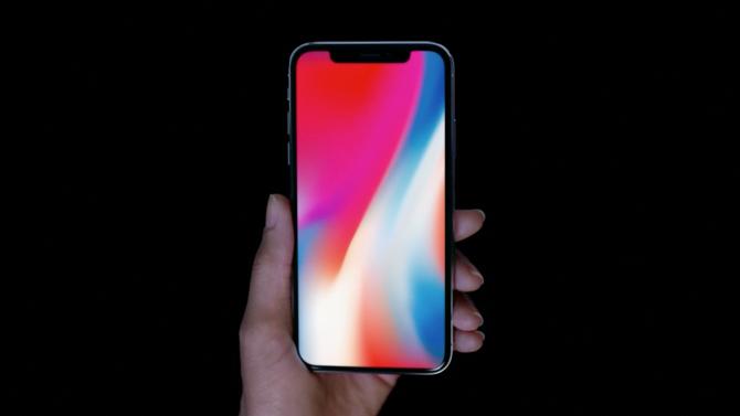 5.8 İnçlik iPhone X'un Ekranı 5.5 İnçlik 8 Plus'tan Daha Küçük!