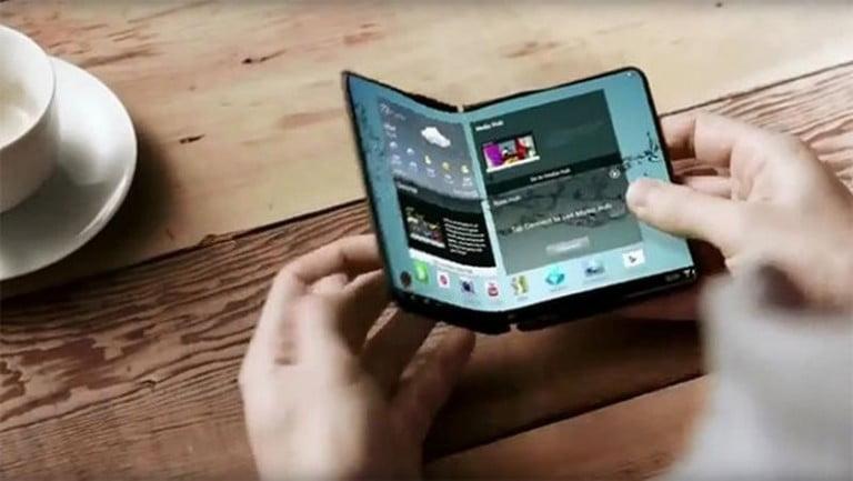 Samsung'un Tam Katlanabilir Telefonu Geliyor