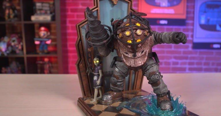 10. yılına özel Bioshock heykelinin kutu açılış videosu