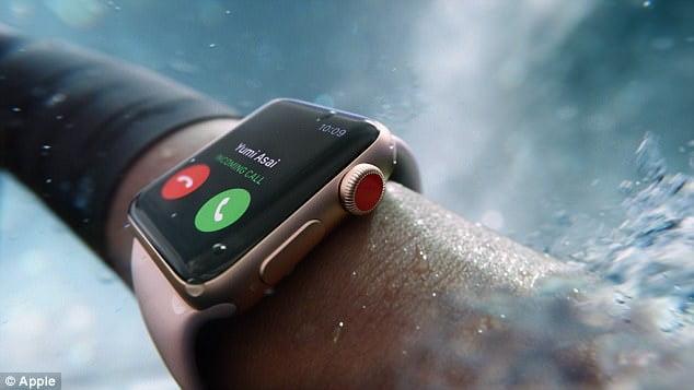 Apple Watch 3 sayesinde köpekbalığı yemi olmaktan kurtuldu