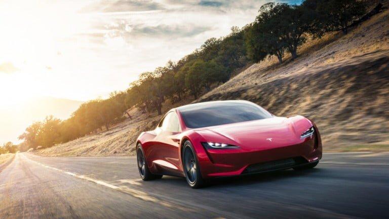 Dünyanın En Hızlı Otomobili Tesla Roadster Tanıtıldı!