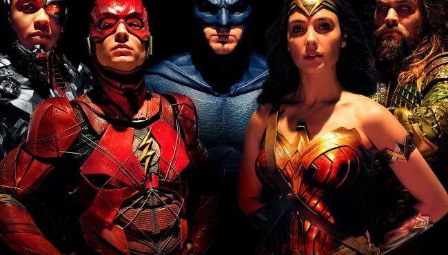 Justice League, Batman v Superman'in gerisinde kaldı