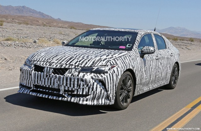 Toyota Avalon Ocak'ta Resmen Tanıtılıyor