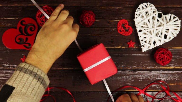 Erkekler için alınabilecek en iyi 5 Sevgililer Günü hediyesi