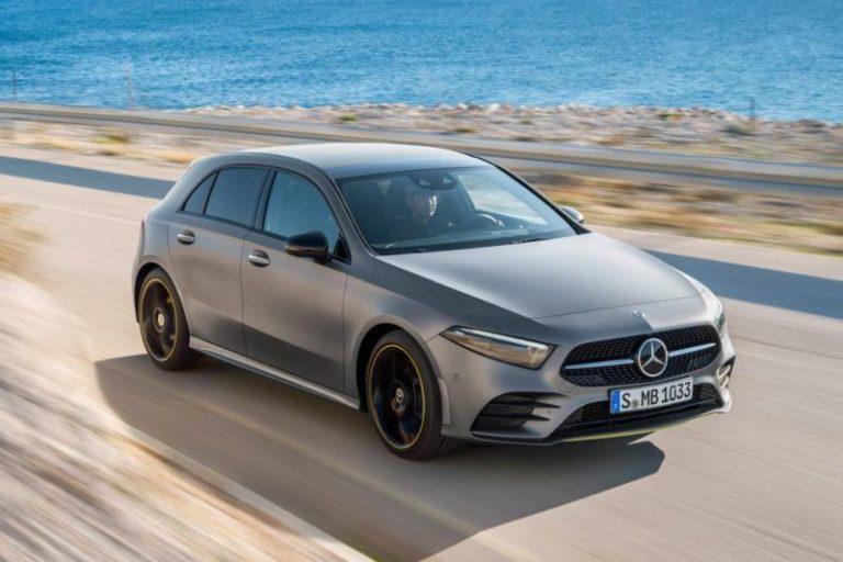 Yeni Mercedes Benz A-Serisi Cenevre'de sergilendi!
