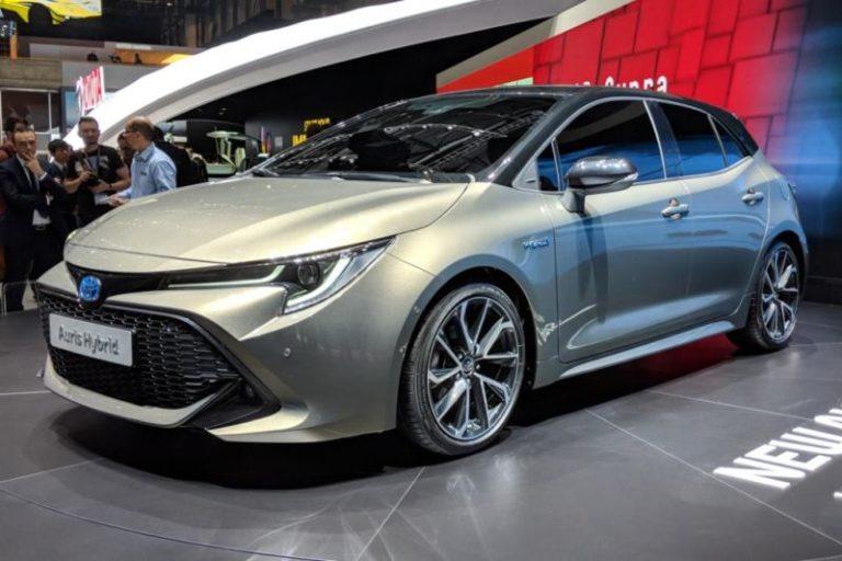 Yeni Toyota Auris tam olarak ortaya çıktı!