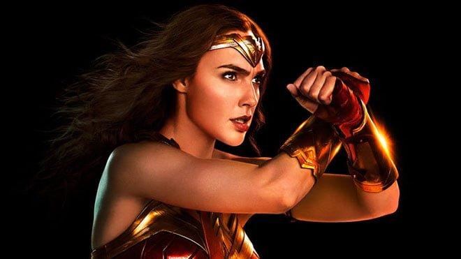 İleride Flash ve Wonder Woman filmi gelebilir