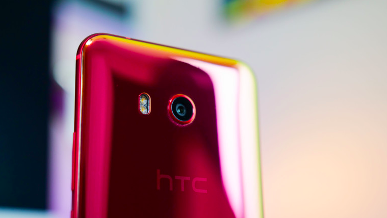 HTC U12+ basın görselleri sızdırıldı