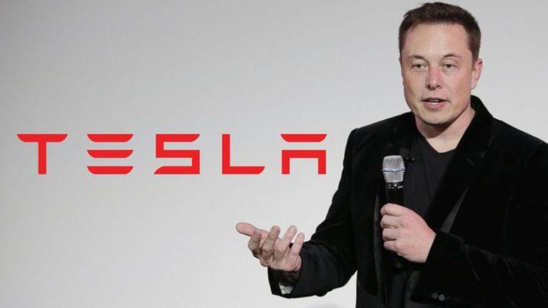 Tesla hissedarı şirket CEO'su Elon Musk'ı koltuğundan etmek istiyor!