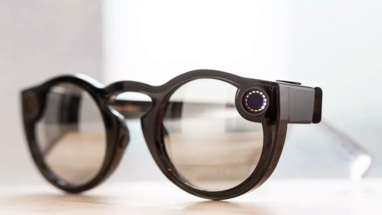 Snap 'ın yeni nesil gözlüğü Spectacles