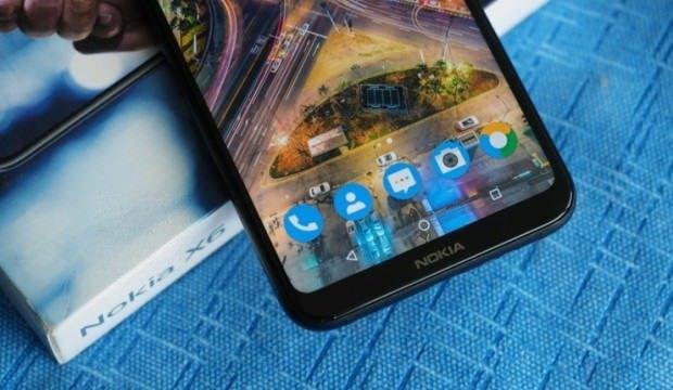 Uygun fiyatlı Nokia X6, Türkiye'de satışa sunulabilir