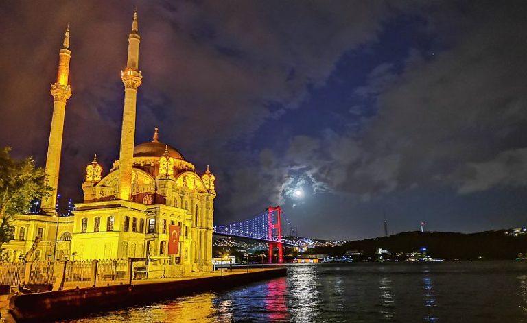 Huawei P20 Pro ile İstanbul'u yeniden keşfedin
