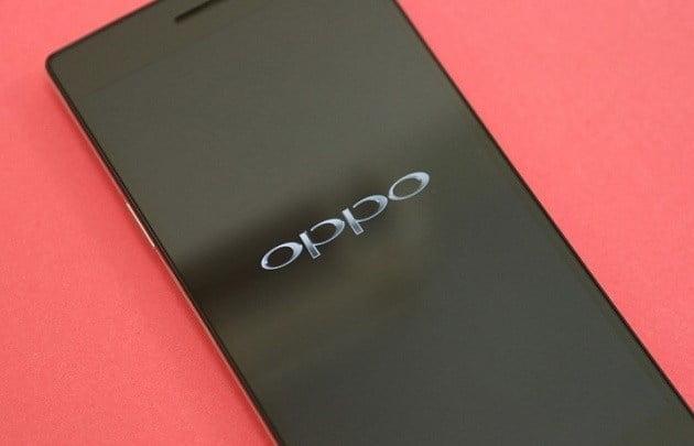 10 GB RAM'li Oppo R17 geliyor