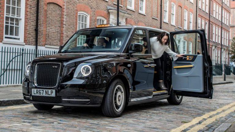 Londra'nın ikonik taksileri Berlin'e gidiyor!