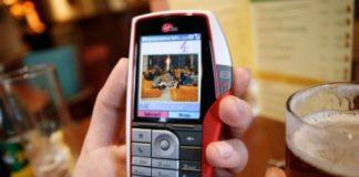 Telefon tarihinin en kötü tasarıma sahip telefonları!
