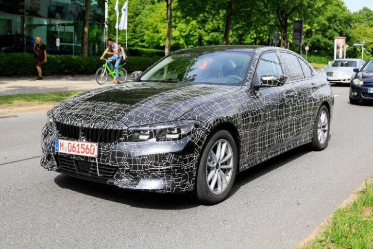 BMW 3 Serisi casus kameralara yakalandı!