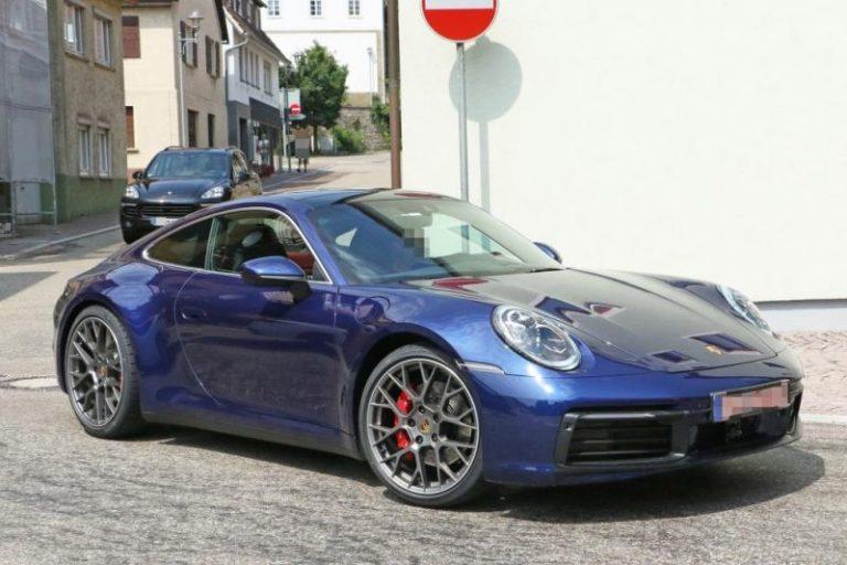 Yeni nesil Porsche 911 casus kameralara yakalandı!