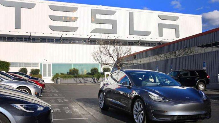 Tesla'da sular durulmuyor!