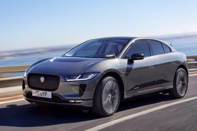 Jaguar otomotiv endüstrisinde saf değiştiriyor!