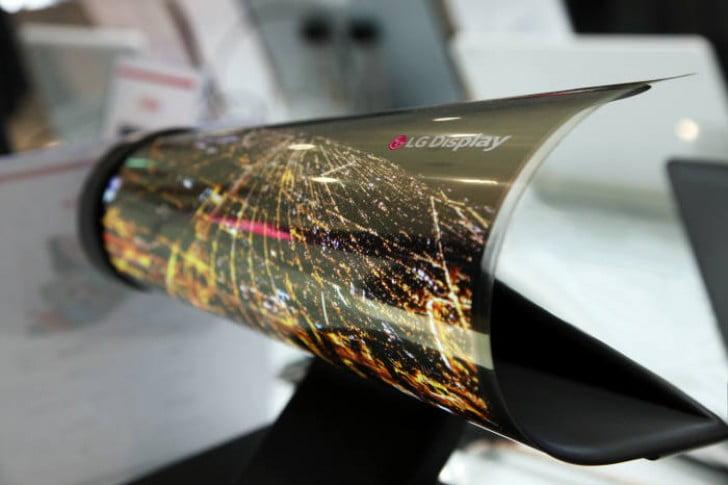 Lenovo katlanabilir ekranlı tablet üzerinde çalışıyor
