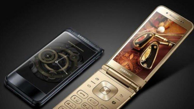 Katlanabilir tasarıma sahip Samsung W2019 fotoğrafları sızdırıldı